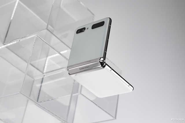 天马液晶LCD技术,可能和OLED有一拼