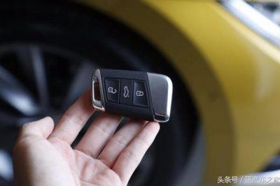 全国首台新大众CC提车,无框车窗+中控液晶屏+R19寸轮毂,太帅了